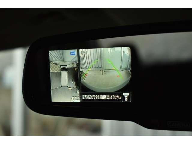 アラウンドビューモニターが付いています。車庫入れや狭い場所で威力を発揮します。