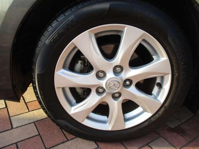 私たちは、地域で上位の車のある豊かな生活を提供するために、プロとしてアドバイスいたします。