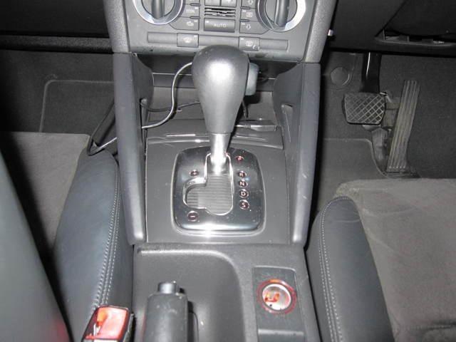 DSGの操作は 慣れないとすぐに 壊してしまうかも?マニュアルモードを使いこなせれば この車の楽しさは倍増します。