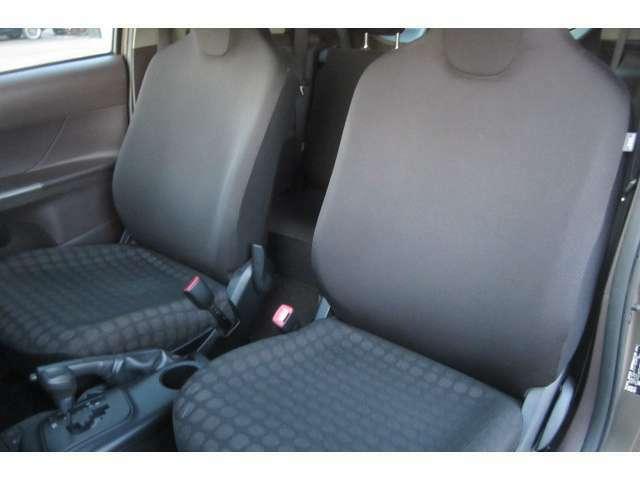 助手席のシートもキレイな状態で座り心地も◎です!