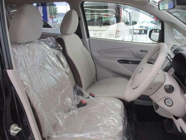 車専門業者による内装クリーニング済み!