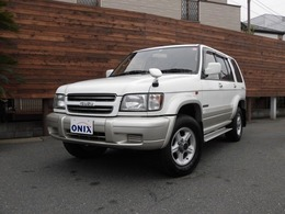 いすゞ ビッグホーン 3.5 プレジールII ロング 4WD / 7人乗り・TOD