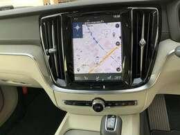 ■「VOLVO SELEKT APPROVED CAR」は、車齢6年以内および走行距離60,000km以内の車両の中からさらに、内外装・機関において一定の基準をクリアしたボルボ認定中古車のことです■