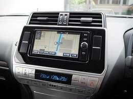 7インチ純正ナビ/フルセグTV/DVD/Bluetooth/ETC/オートエアコン