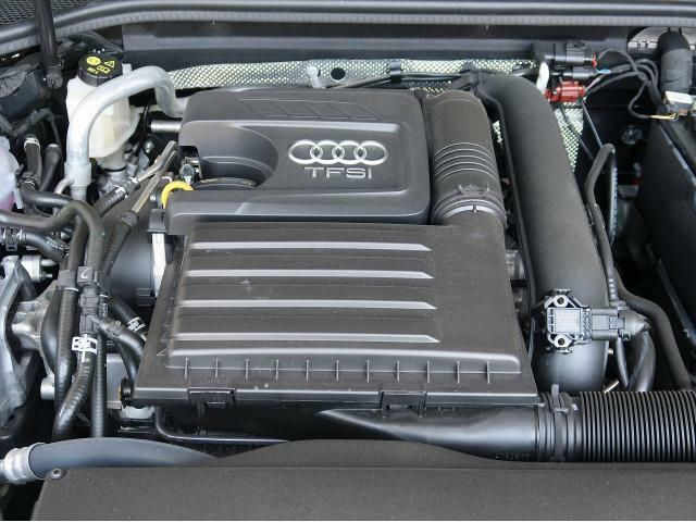 ●3.0TFSIエンジン『入庫時の状態もとても良く、エンジン機関も良好!ぜひ一度現車を御覧下さい!他にも多数の在庫を展示!』