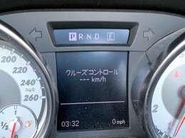 ★R172型 SLK200入庫です!●LEDウィンカー付き純正キセノンライト!●純正HDDナビ&地デジ!●Bluetoothオーディオ&Bluetooth電話!●レザーシート!●シートヒーター!