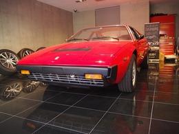 フェラーリ ディーノ 308GT4 ディーラ車