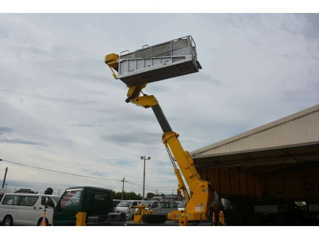全車在庫!!実際にご来店された場合は車両すべてご覧になれます!!お問い合わせはフリーダイアル0066-9711-212393にてお願い致します。