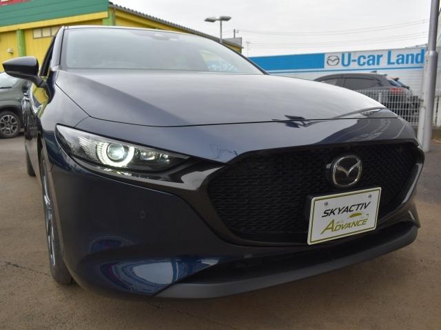 明るいLEDヘッドライト搭載車両!!LEDは明るさだけではなく点灯時の見た目がとてもスタイリッシュで格好良いんです!!