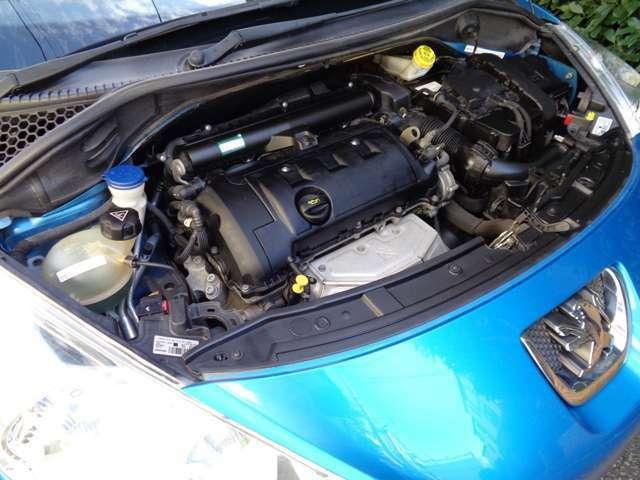 エンジンBMW製電子制御燃料噴射式直列4気筒DOHC1598ccタイミングチェーン式交換不要120ps馬力(88kW)/6000rpmトルク16.3kg・m(160N・m)/4250rpmカタログ値