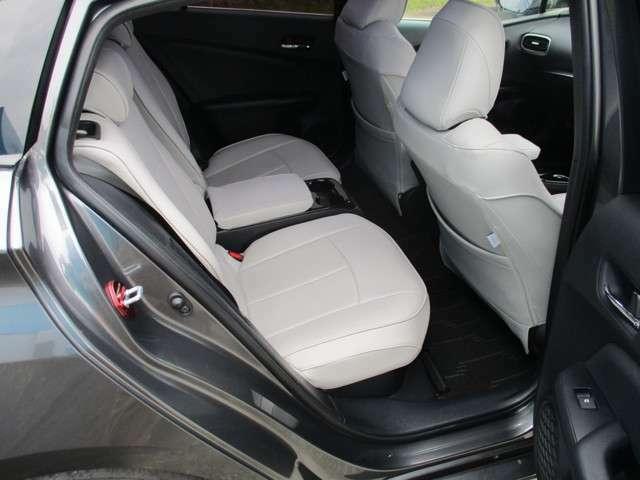 フルデッドニング済みで車内とても静で快適です!!