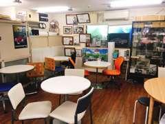 お店はJR青梅線羽村駅から徒歩10分、産業道路沿いです。