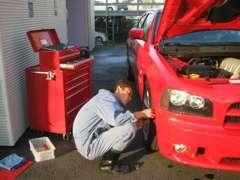販売だけでなく修理、板金塗装、お任せ下さい!