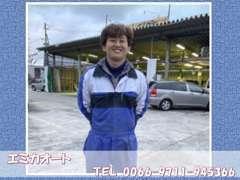 チーフの平岡と申します★車のことなら何でもお任せ下さい♪趣味はやっぱり車です!!車の話を一緒にしましょう♪