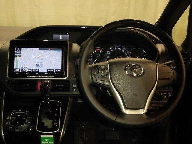 ドライバー目線からの画像です。視界が広く、周囲も見やすいので安心して運転できます!