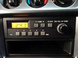 【ラジオ】AMラジオが備わっています。