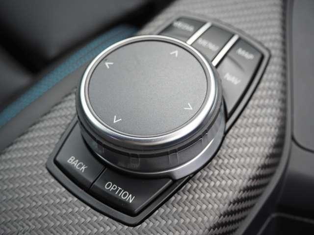 iDrive コントローラー◆業界でも最も厳しいとされる第三者検査機関AISがつけた信頼のある評価は修復歴無し機関正常の4.5点。とても高い評価をいただきました!車両品質評価書付きのカーセンサー認定車両です。