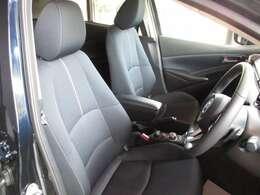 ドライビングポジションがピタっと決まる運転席!ぜひご確認ください。
