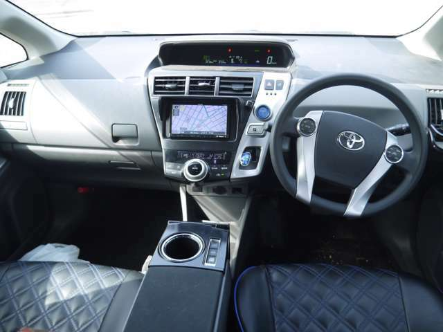 内装クリーニング済み!天張り、内装パネル、シート、フロアマットなど徹底的にクリーニングしてます。中古車でも綺麗な車は気持ちいいですから。