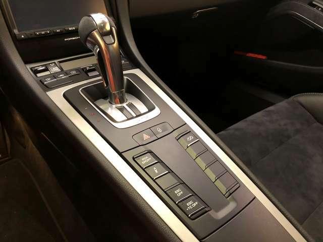 GT3専用セレクターレバー スポーツエグゾーストシステム PASM トラクションコントロールオフスイッチ