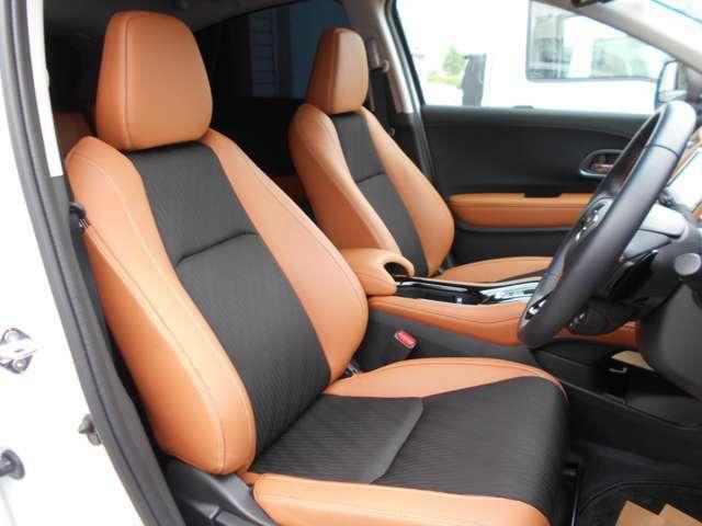 運転席はシートの高さを調節できます!また前席はシートヒーターがついています♪