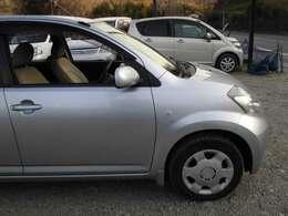 ユーザー買取り車のため、事故歴不明。