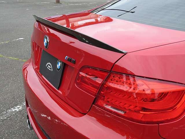 BMWパフォーマンス カーボントランクスポイラー