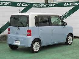 まさに空色の車といったスタイルが幅広い年齢層に支持されています。