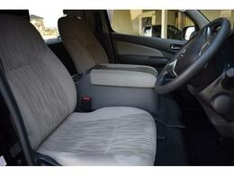 運転席は視界も広く背も高いので運転しやすいです!