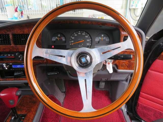 トヨタ市販車生産60周年記念100台限定車です。ナルディハンドル装備。
