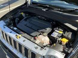 1400CCターボエンジンがパワフルな走りを演出してくれます。