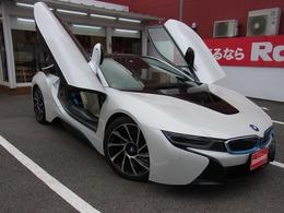 BMW i8 ベースモデル 右ハンドル ブルーシートベルト