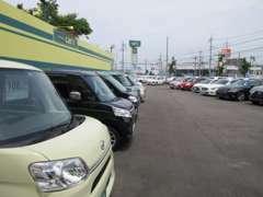 愛知トヨタの人気車種クラウンから軽まで!他にも多種多様な在庫を取り揃えております!たくさんありすぎて迷うかも?!