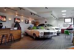 アメ車、逆輸入車もちろん、アメ車の旧車や水上オートバイも販売しております!!