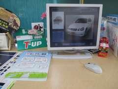 店内には愛知トヨタ中古車店舗の全在庫が見れるパソコンもご用意!何買おうか迷っているお客様もこちらで探せますのでぜひ☆
