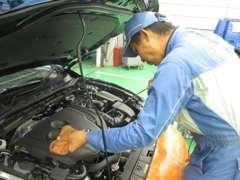 国家資格を持った整備士がお車の整備、診断をさせて頂きます。