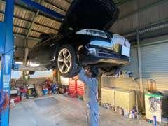 ◆小牧市 セカンドライン◆年間300台以上の車販売の実績から、お探しの一台をご提案します。 この度商談ルームもリニューアル!