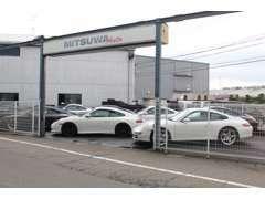 展示場にて約70台の在庫車を展示しております!選りすぐりの高品質車を御覧下さい
