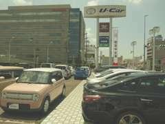 試乗車を中心に高年式・低走行キロ・安全装備充実の人気車が多数在庫しています。