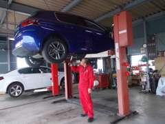 車検・整備・ボディコ-ティングにも力を入れています。輸入車・国産車問わずご入庫頂ければと思っています