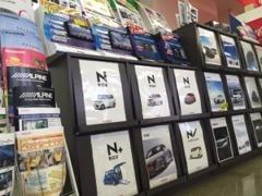 当店は新車ディーラーですので、もちろんホンダの全車種を扱っております! 新車か中古車か迷われている時も是非当店へ