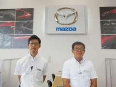 左が中古車マネージャーの龍田・右が中古車営業 配川(ハイカワ)です◎私共がお車選びをサポートいたします♪
