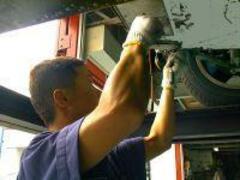 納車整備、車検・点検、一般修理、メンテナンスはすべて自社工場で実施!