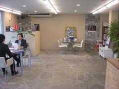 【ERST】本社・ショールーム商談スペースが広がります。