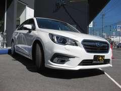 新車の展示車両もご用意していますので広さや雰囲気も確り確認できます。