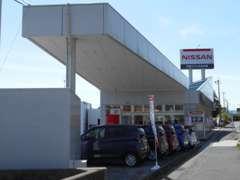 新車店舗併設しており便利なお店です。心よりお待ちしております