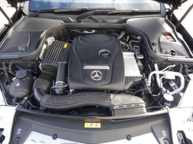1,991ccDOHC4気筒ターボチャージャー付きエンジン搭載。