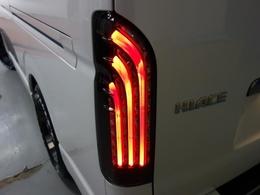新車ハイエースVダークプライムII2800ディーゼルターボ両側パワースライドドア装備、8インチナビ、17インチアルミ、ローダウン済み!!