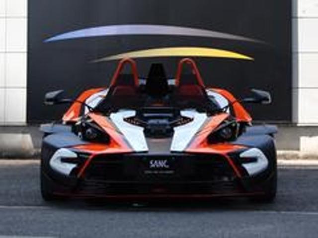 車重わずか790kg。最軽量モデルの『R』となります。