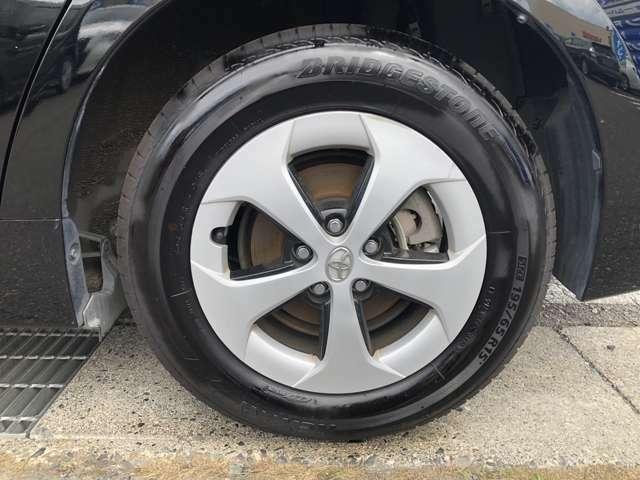 左後ろのタイヤです。
